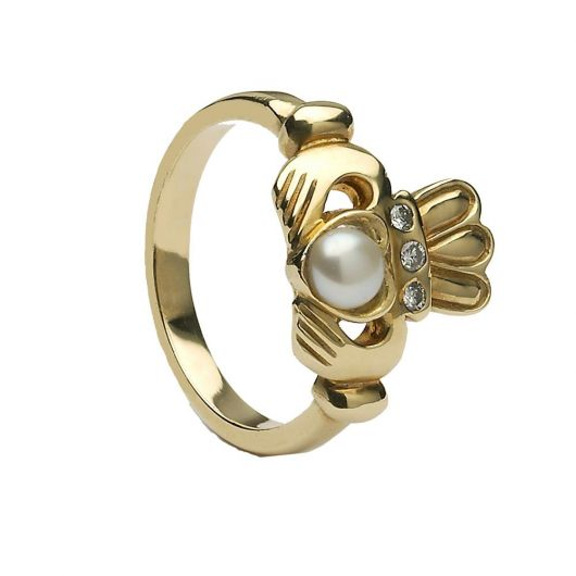 CLAD34 Pearl Antique Claddagh Ring